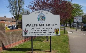 Waltham_Abbey_Road_Sign
